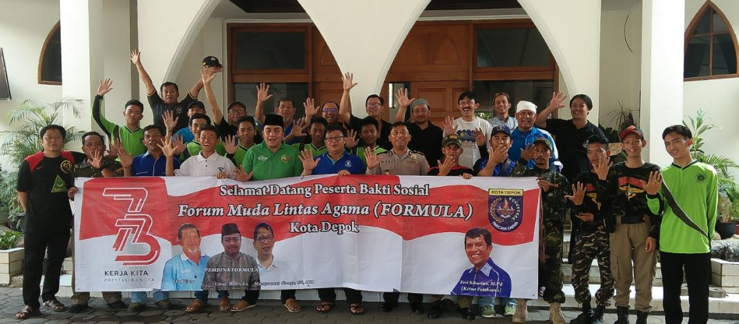 Sambut HUT RI ke-73 FORMULA Kota Depok, Lakukan Bersih-Bersih Rumah Ibadah